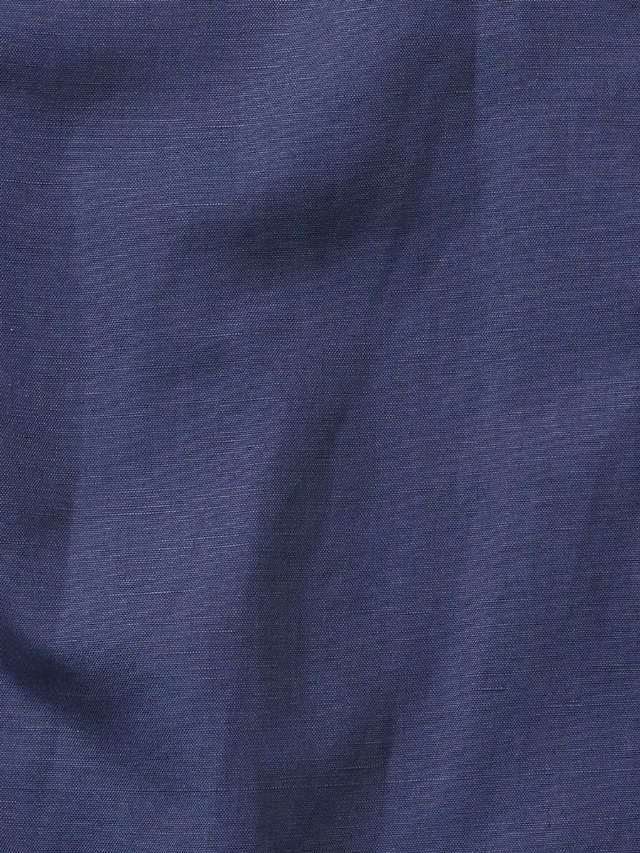 blue-shirt-dark-fabric.jpg